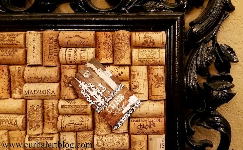 Memo board made from wine corks