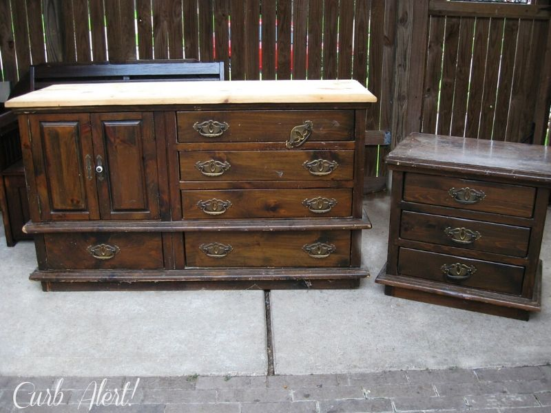 Dresser and nighstand in bad shape